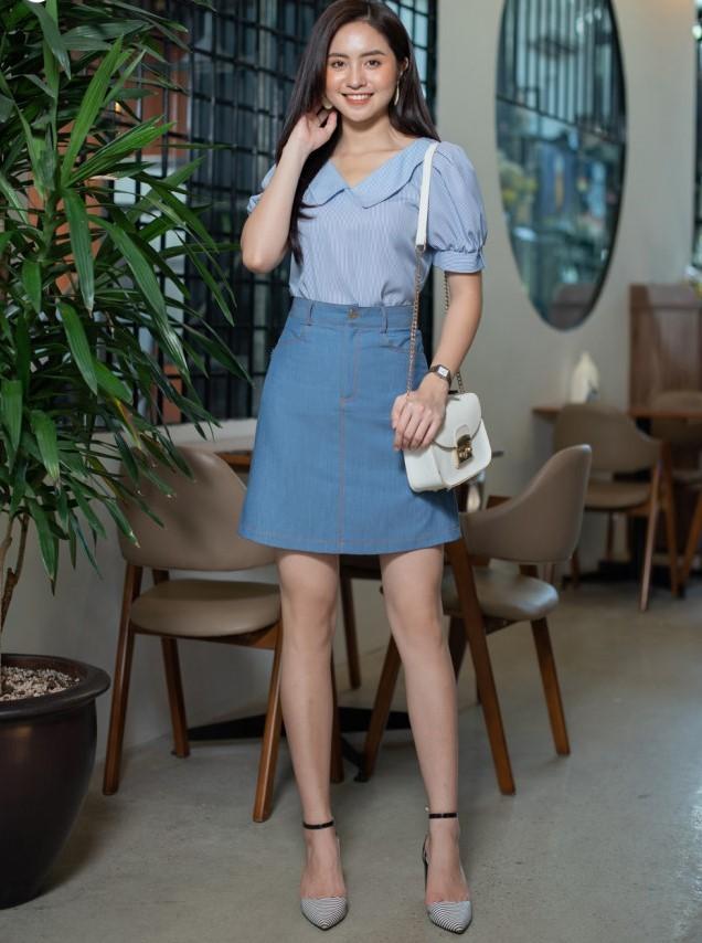 trang phục màu xanh biển _37