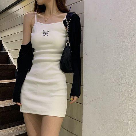 trang phục trắng đen_11
