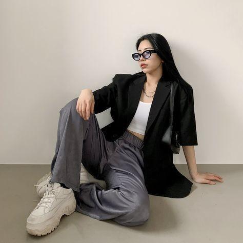 trang phục trắng đen_14
