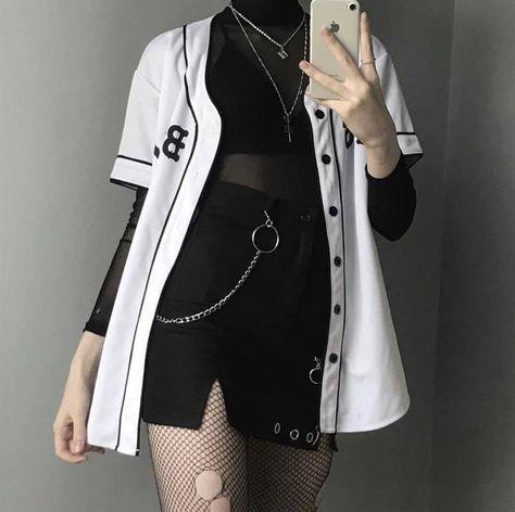 trang phục trắng đen_20