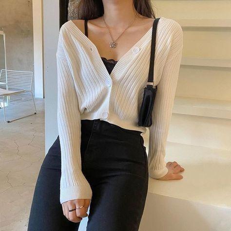 trang phục trắng đen_30