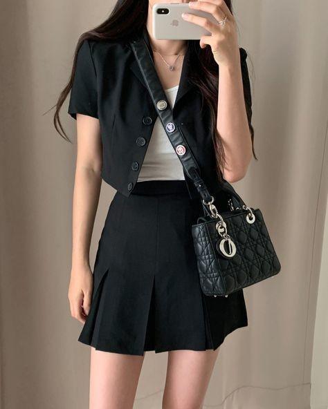 trang phục trắng đen_8