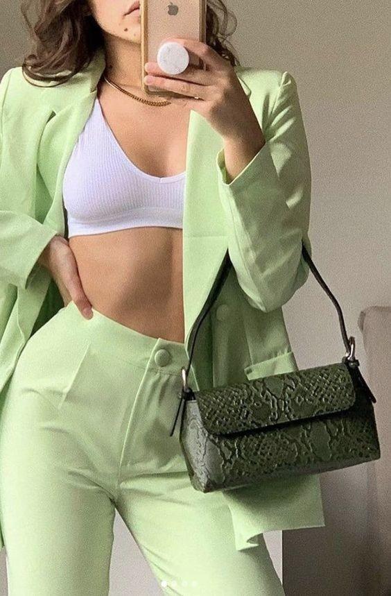 trang phục xanh mint 10