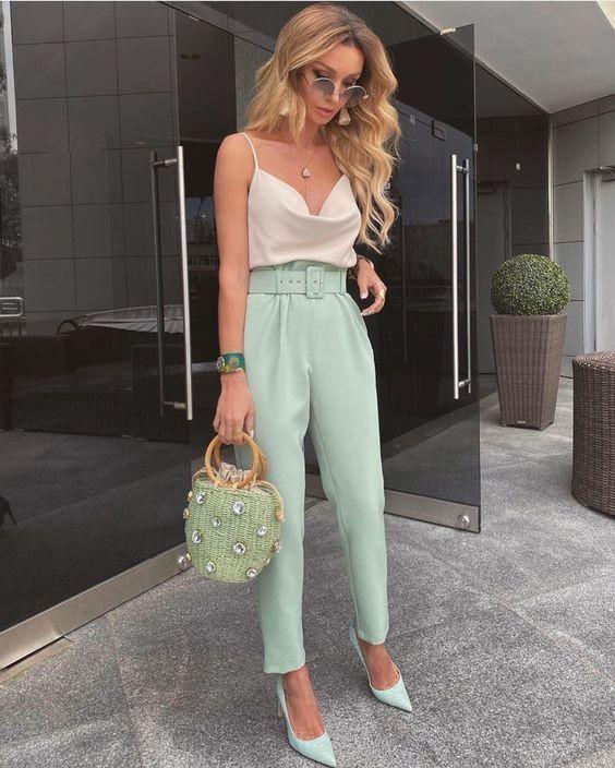 trang phục xanh mint 30