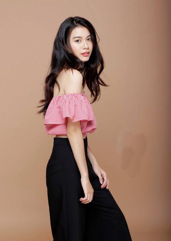 Cách phối đồ với trang phục màu hồng (12)