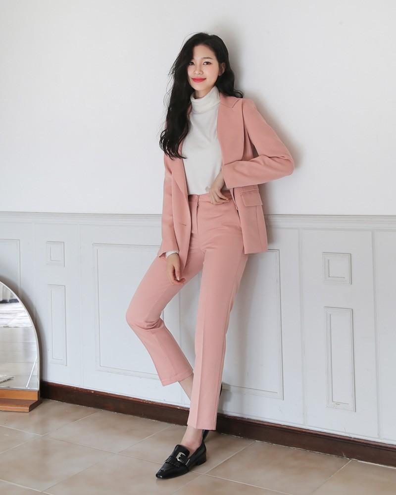 Mix đồ với trang phục màu nhẹ nhàng (11)